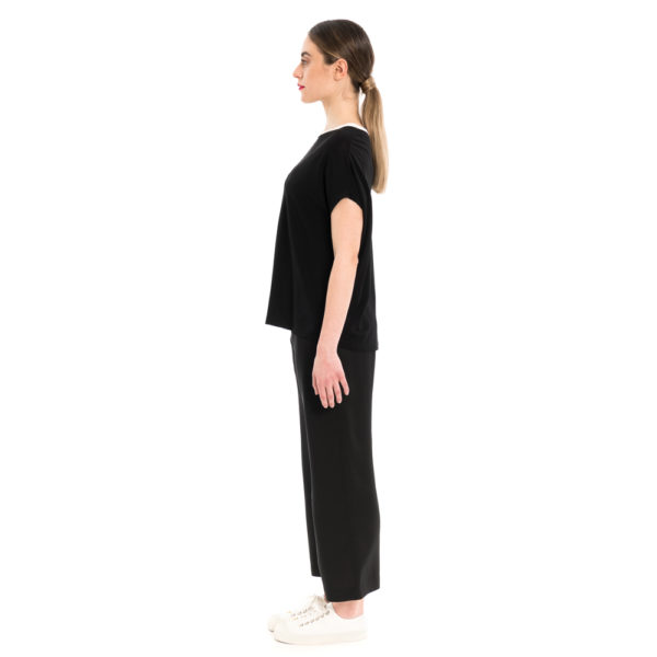 Sommer Shirt aus Slinky Jersey mit Kontrastkragen